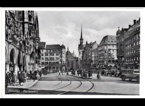 München, Marienplatz m. Oldtimern, 1943 frankierte sw-AK