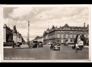 Berlin, Schlossbrücke u. Zeughaus m. Oldtimern, 1941 gebr. sw-Foto-AK