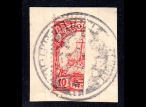 Karolinen 9 H, Hallbierung der 10 Pf. auf Briefstück m. PONAPE Dienstsiegel.